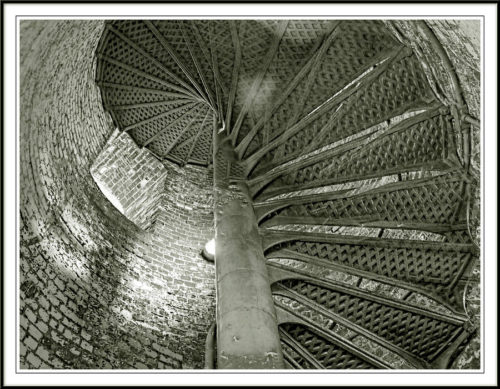 inside-the-sandy-hook-lighthouse-