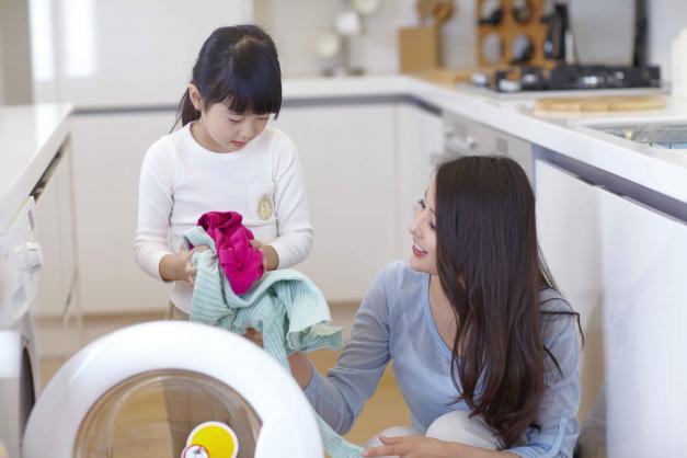 -family-doing-laundry-